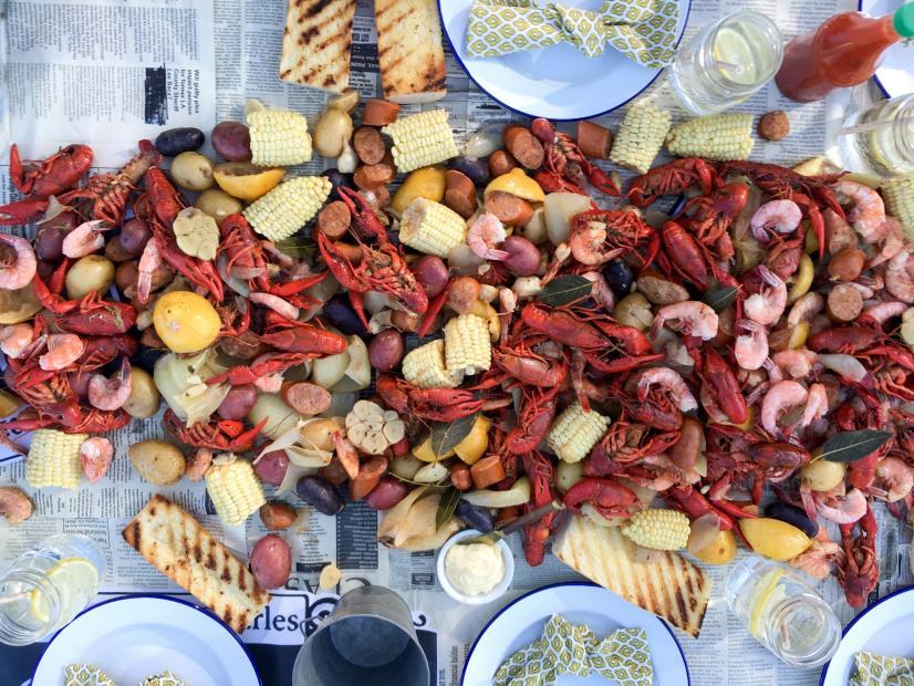 Spring Dinner--Crawfish Boil